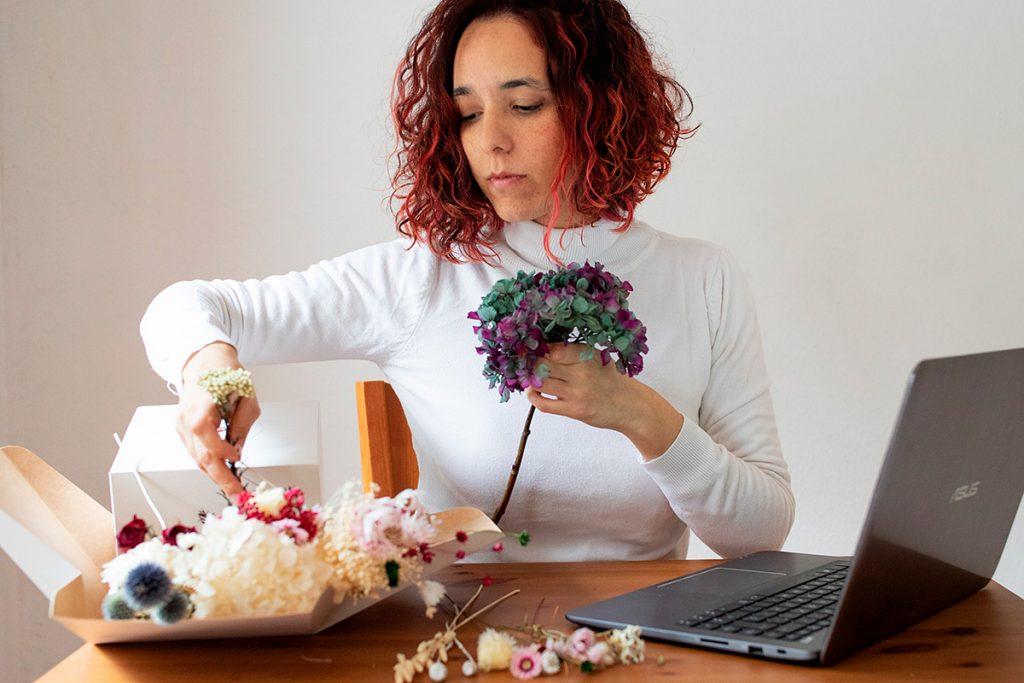 Rita-Flowers Workshops online